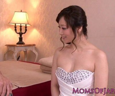Mature Japanese sixtynines before facial - 8 min HD