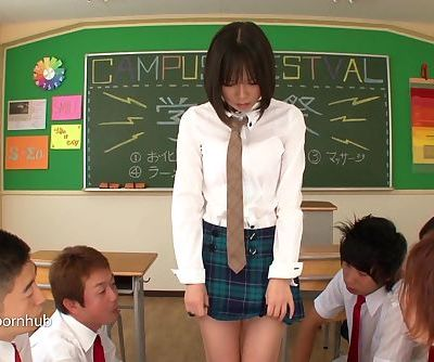 Erito- Schoolgirl Gives Her Oral..