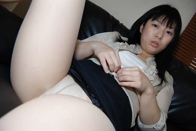 After a long day Asian Shinobu Kawahara likes to play with her cunt