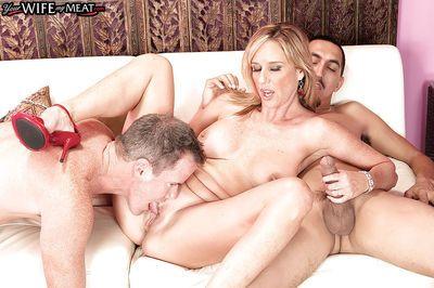 Blonde MILF Jodi West amazing sex with two guys in rough threesome XXX