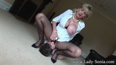 Pantyhose milf facesitting from british mistress lady sonia