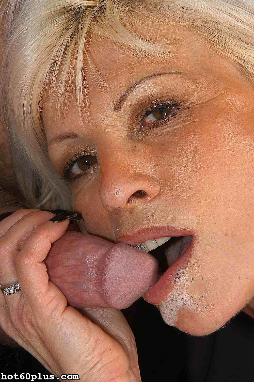 Eva - pierced pussy grandma
