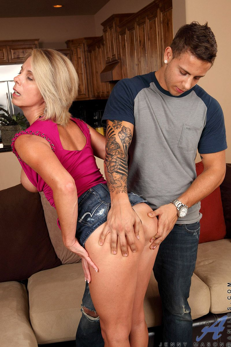 Horny blonde cougar jenny mason enjoys an intense hardcore anal fuck session