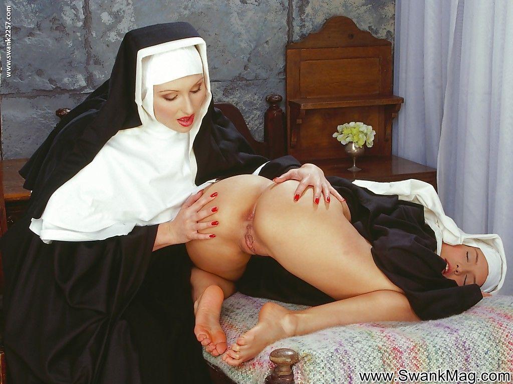 Порно фильм молодые монашки