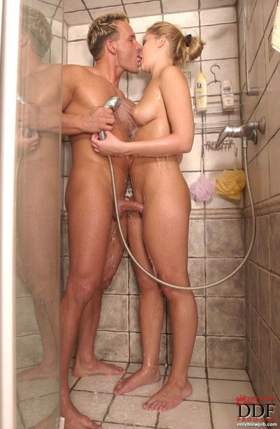 Sandra de Marco licks ball sac while giving bj and handjob in shower