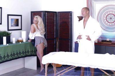 Pornstar Olivia Fox giving ball sucking BJ before receiving anal banging