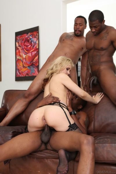 Dirty-minded blonde slut Sarah Vandella enjoys groupsex with four black dudes