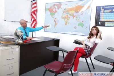 青少年 色情明星 Joseline 凯利 给予 老师 吹箫 在 女生 均匀