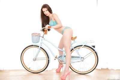 Ravishing brunette hottie with a big butt Lana rides a massive dick