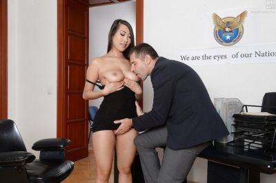 Busty Asian secretary Sharon Lee spreads sleek legs for oral sex