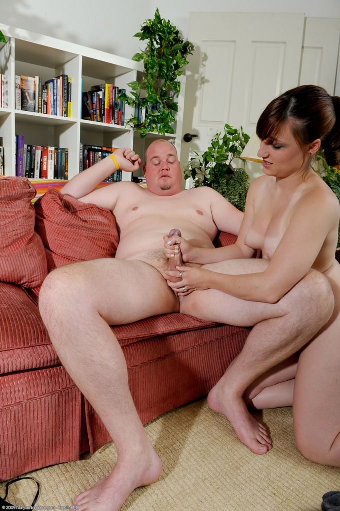 Intense sex with older man along slutty Janie whos in love with the dong