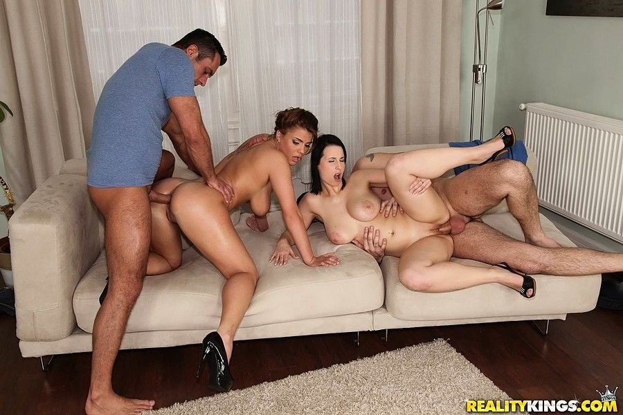 Curvy bi-sexed females entertain two men in 4some after bathing together