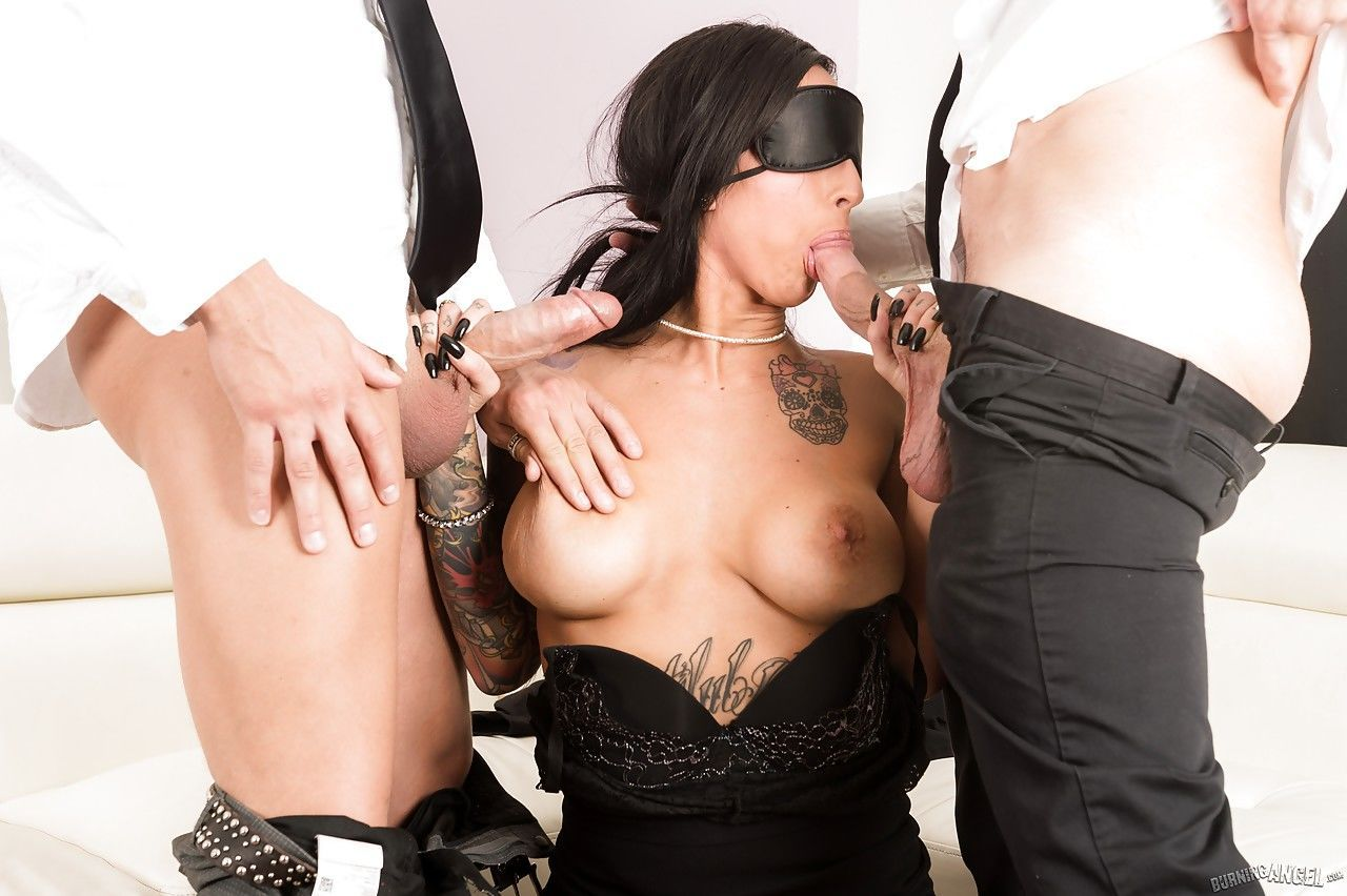 Tattooed Lily Lane blindfolded sucks big cocks & gets groupsex DP in pantyhose