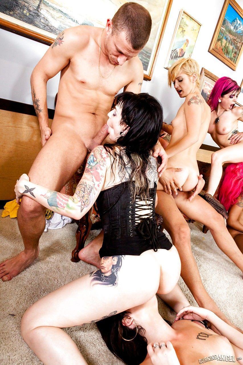seks-porno-orgii