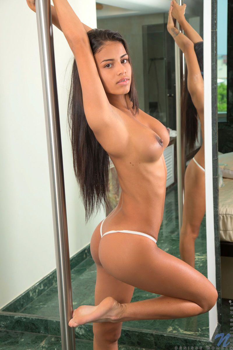 Latina college student Denisse Gomez models naked for tuition fees