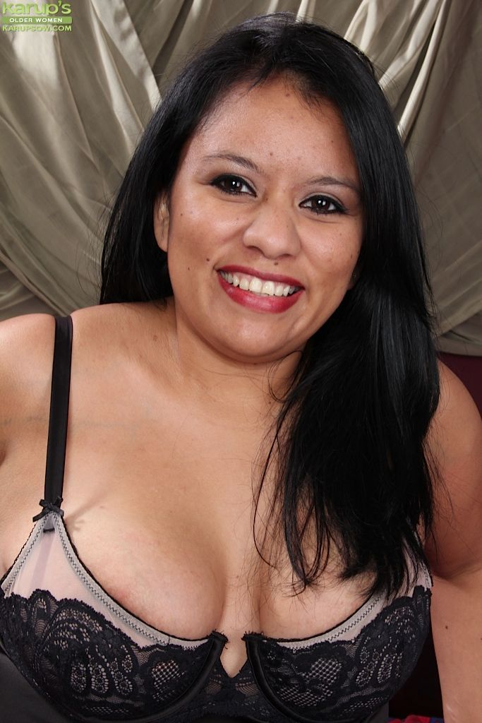 Fatty mature brunette Lucey Perez is up for some lingerie undressing