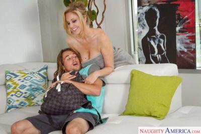 After a hot shower Busty mom Julia Ann treats herself to a warm cock