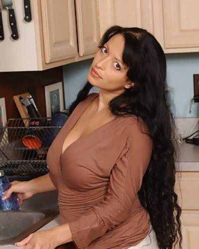 Busty latina mom Mason Storm impaled on a hard dong in the kitchen