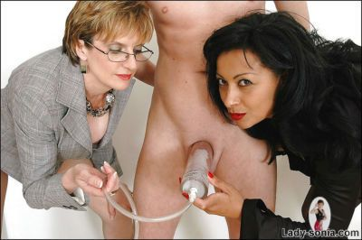 Mature fetish ladies have some fun pumping a swollen cock - part 2