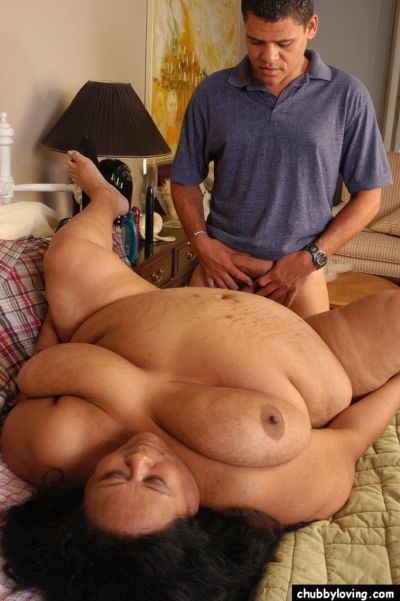 Mature Filipino SSBBW Debrina taking cumshot on massive ass after fucking - part 2