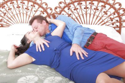 Older amateur Suzanne gives head before riding husband\\\