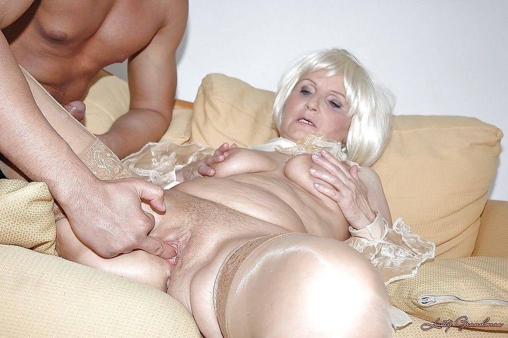 порно голые пожилые ебутся твердый член