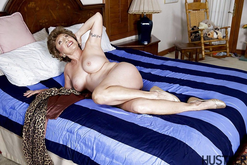 Granny pornstar Luna Azul posing in the nude on bed after undressing - part 2