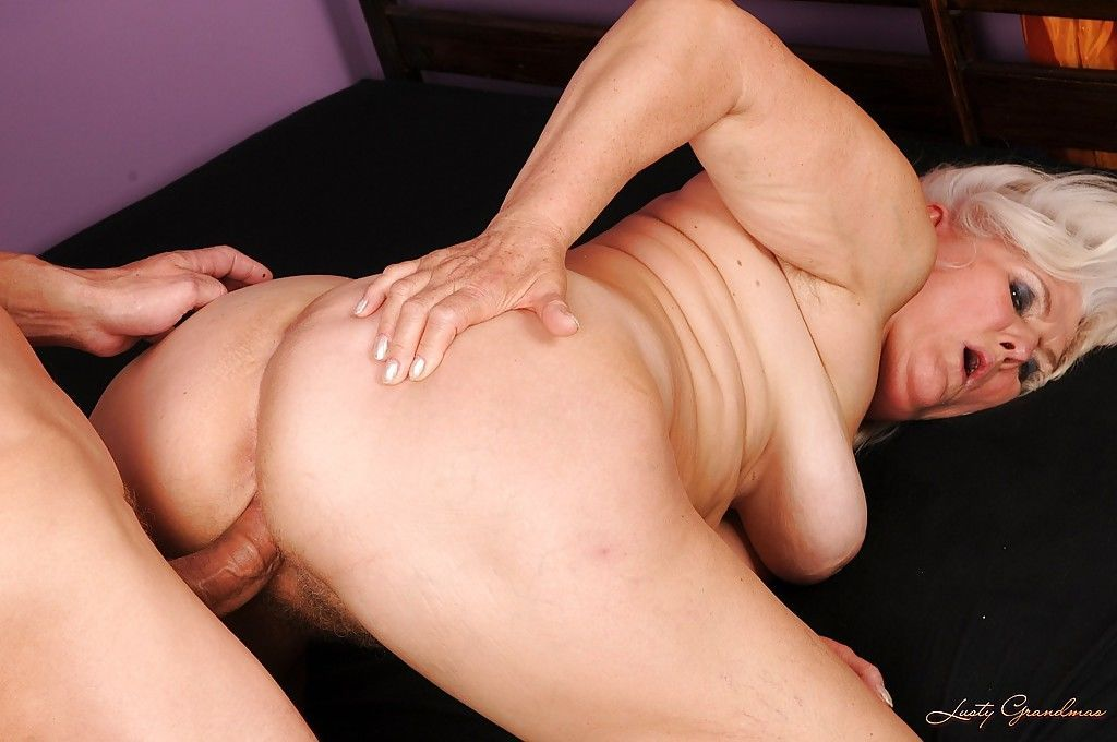 Chubby granny gets her pussy licked and fucked by a younger guy