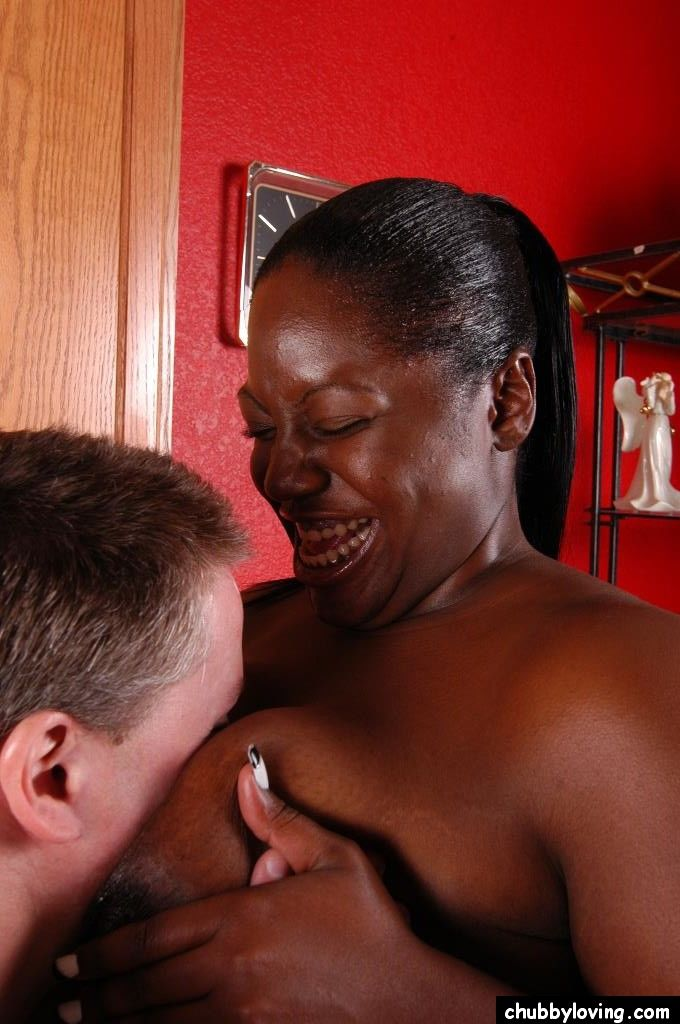Overweight black woman Dynasty taking interracial cumshot in mouth