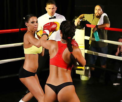 Boxing girls Eva Lovia and Peta..