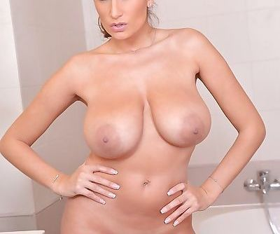 European solo girl Sensual Jane..