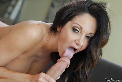 Mature Latina Ava Addams is sucking this horny prick and swallowing