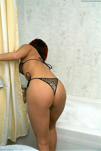 Asian first timer Gia taking off her wet bikini in bathtub