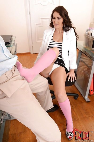 Office slut Jess West loves spreading her long legs and awesome buns