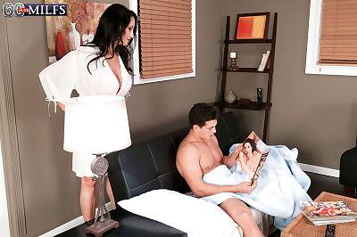 Hot granny Rita Daniels bares her big nipples and fucks herself a young stud