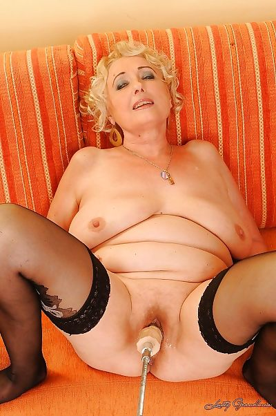Pamela Peach gets her cunt stuffed by a machine and a real stiff cock