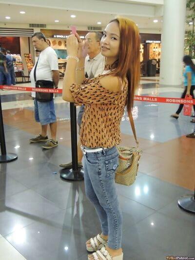 22 năm già Filipina Ayumi chọn lên trong những siêu thị và chết tiệt trên máy quay cho Tiền mặt