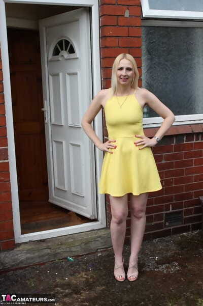 Blonde amateur Tracey Lain flashes outside her house before deep anal fucking