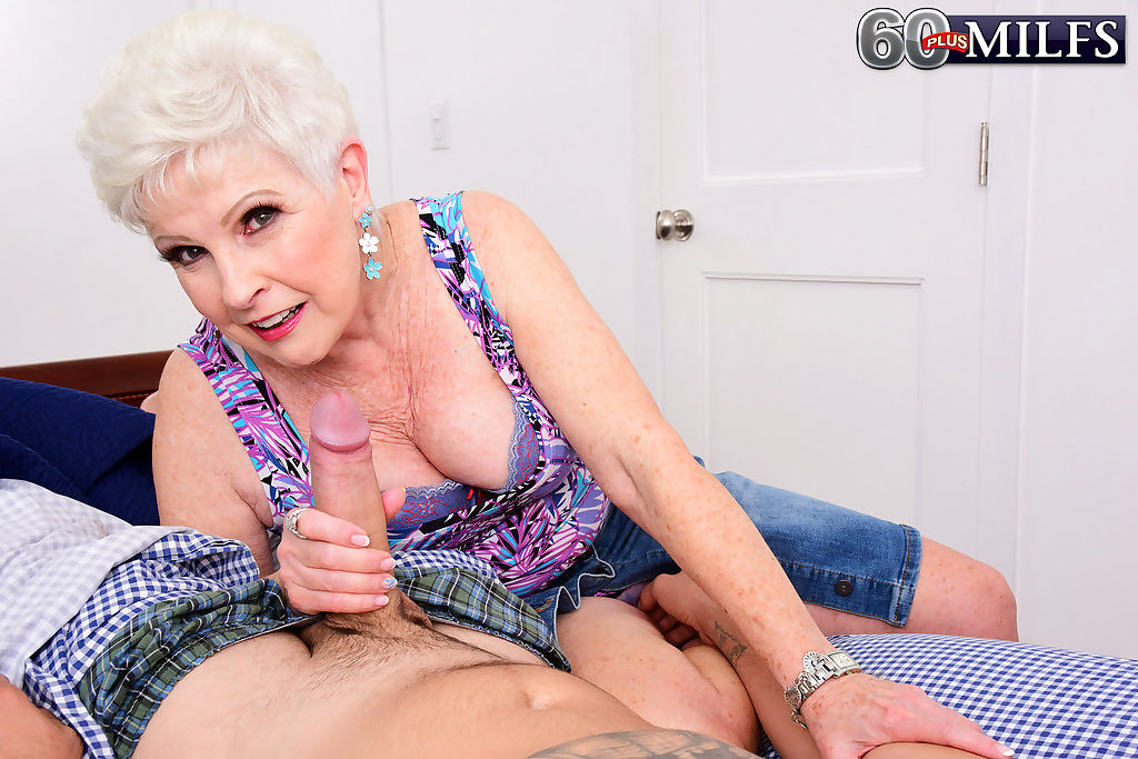 Chubby granny goes really mad with desire and sucks a big cock like a pro - part 999