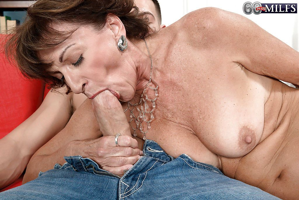 Old lady with necklace Sydni Lane sucks young penis and receives cumshot