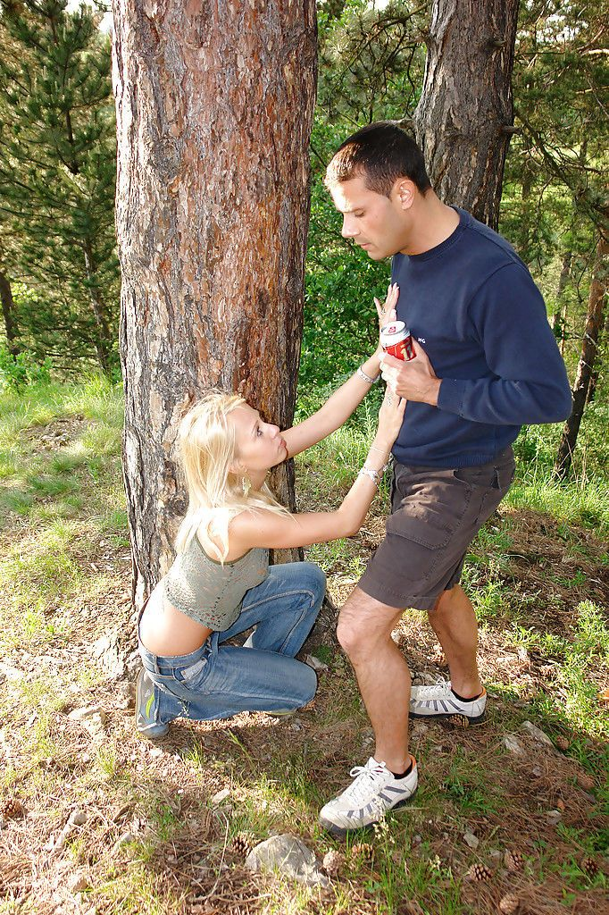 Filthy blonde teen babe Suzanna gets fucked hardcore outdoor