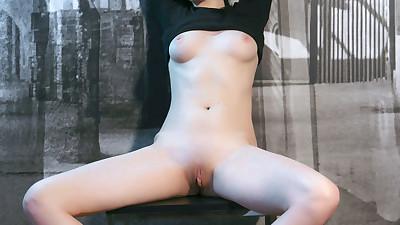 Long haired Nasita shows a naked..