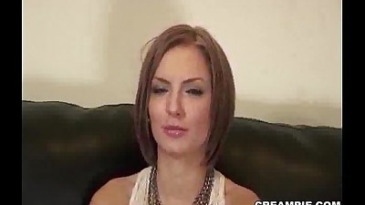 beautiful milf having enjoying sex