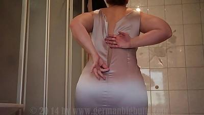 sarah big butt