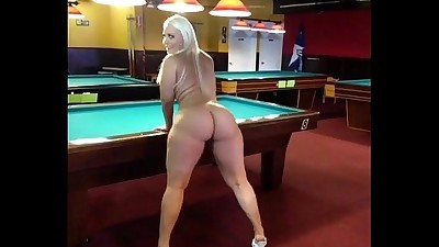billiard-room-booty