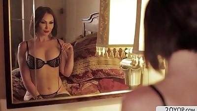 Australian horny babe Yasmin..