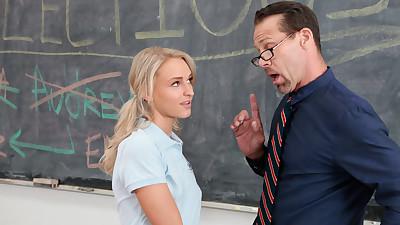 Teen schoolgirl Emma Hix sucks..