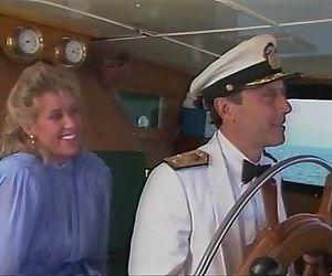 Candy EvansRelax, Captain !