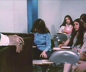 Teenage Chearleader1974
