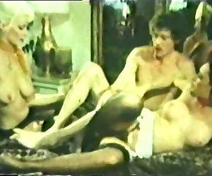 Peepshow Loops 49 1970s - Scene 2